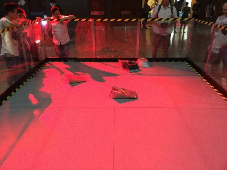 Robot Fighting Arena inside